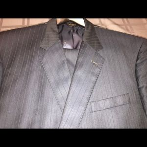 Jos A Bank Navy Striped suit 50R 46W